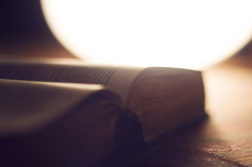 bible-1869164_1920