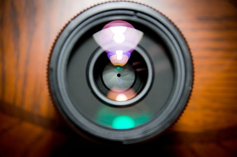 camera-lens-458045_1920