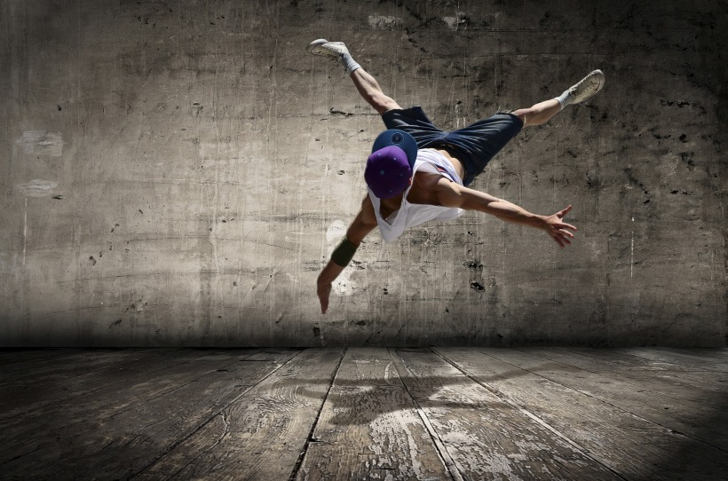 street-dancer-2258281_1920.jpg