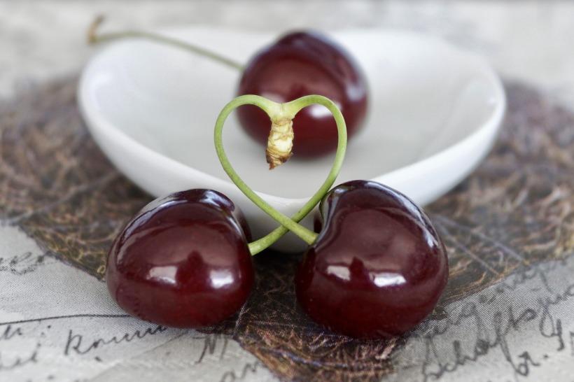 cherries-2444822_1920