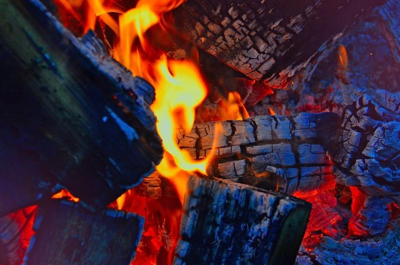 fire-2915539_1920.jpg