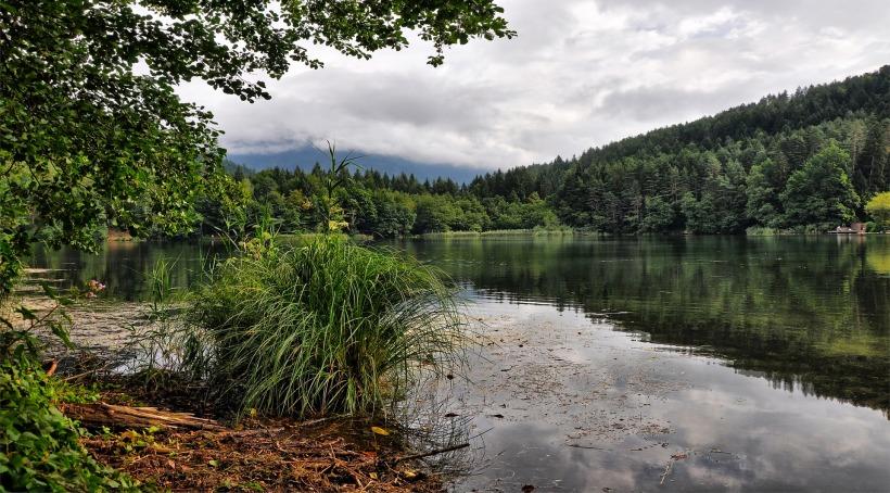 lake-3631818_1920