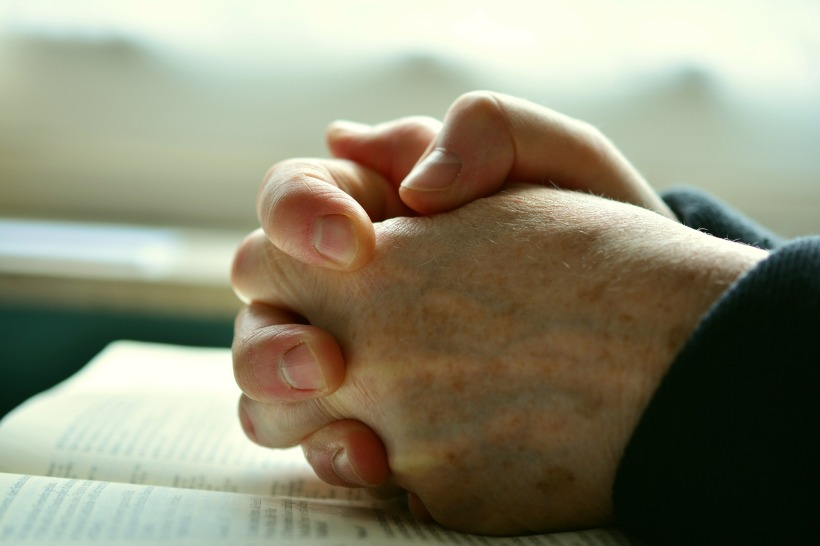 pray-2558490_1920 (3)