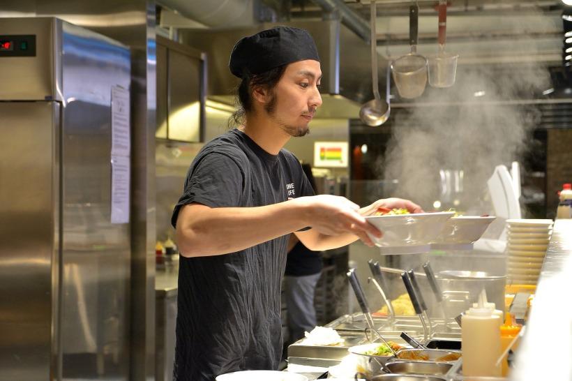 chef-4021815_1920