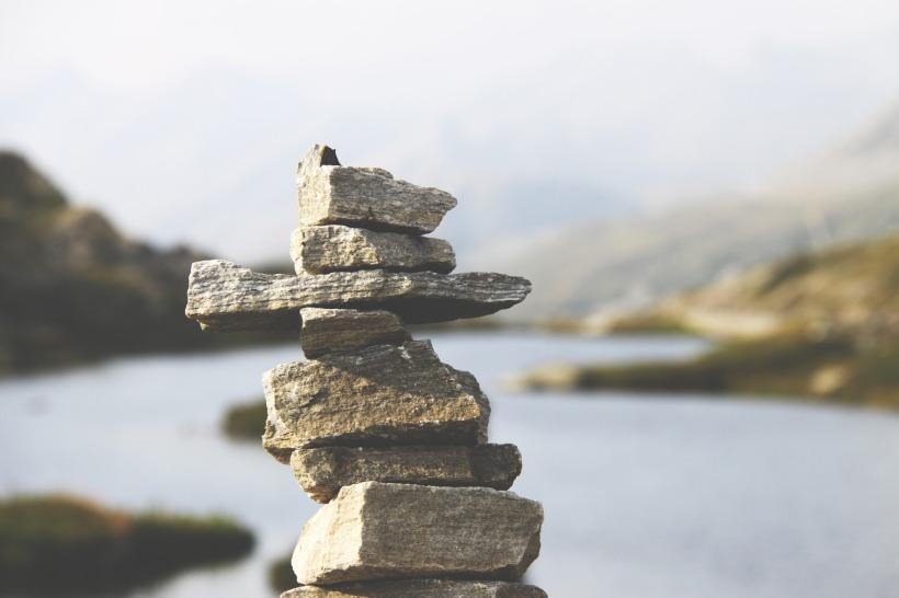 rocks-1149702_1920.jpg